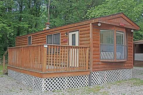 Camping at Stateline Campresort & Cabins - a Connecticut